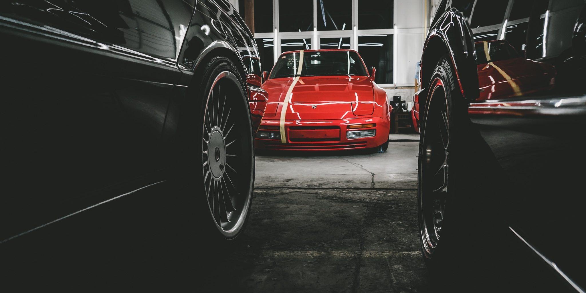 BOLD_Riga_Porsche_944_01